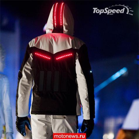 Мотоновости  Призрачный гонщик  Вовсе нет, просто костюм на батарейках 872a433e27f