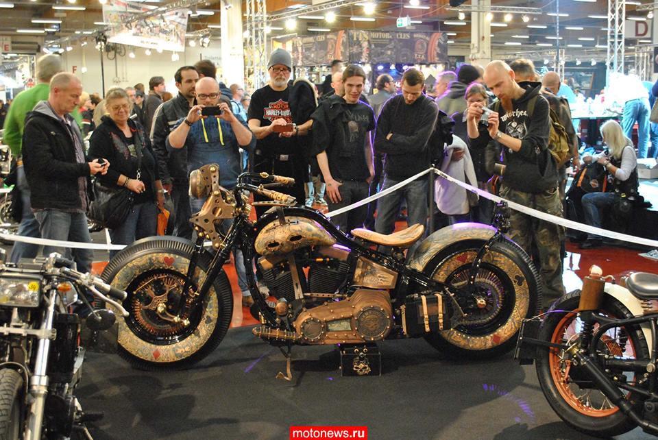 Recidivist – первый мотоцикл с татуировками