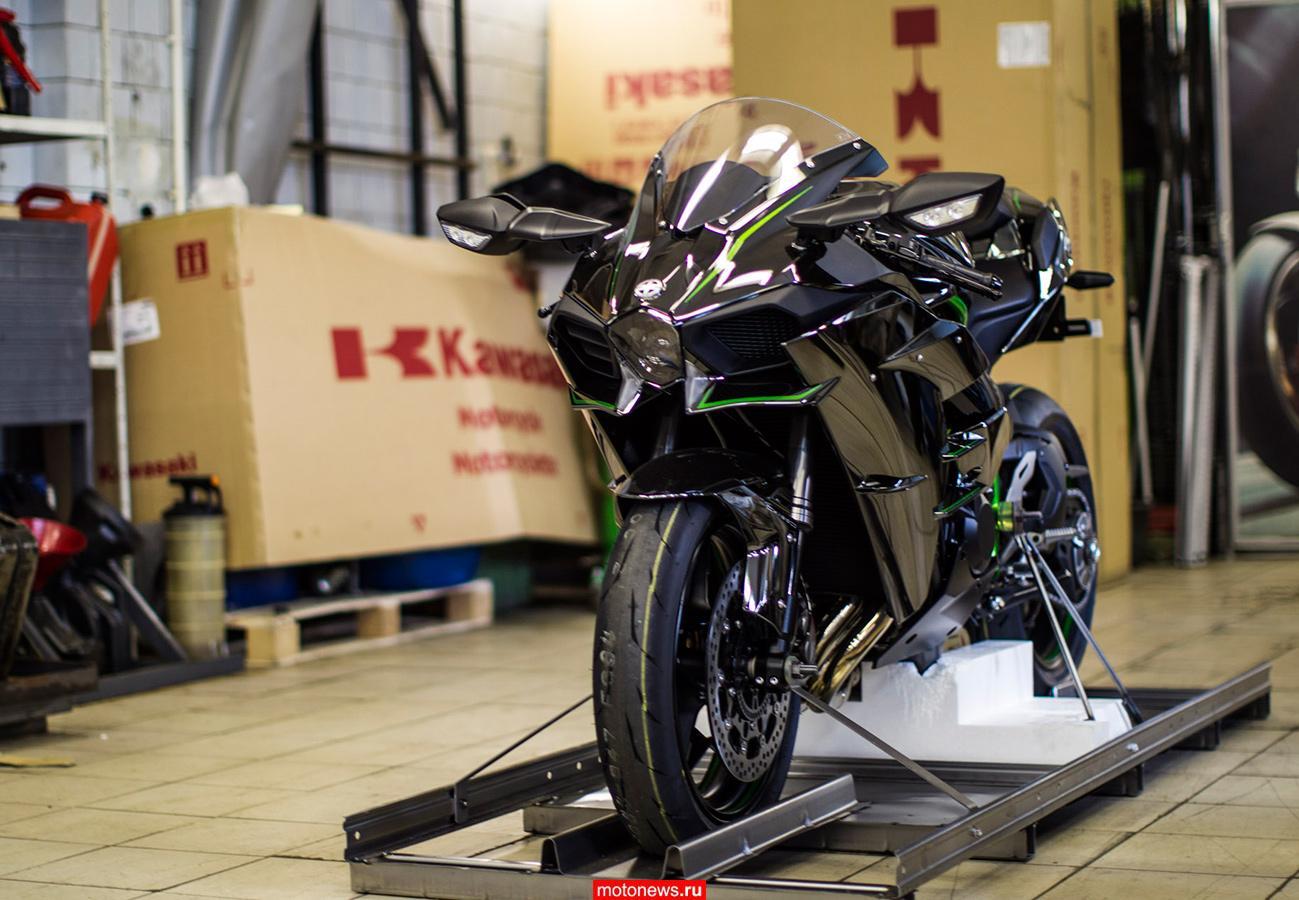 Мотоцикл Kawasaki Ninja H2 дебютирует в России в апреле
