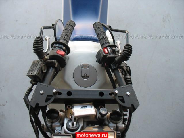 Самолетный багажник для мотоцикла.